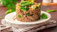 Фото рецепта Гречка со шпинатом и чесноком
